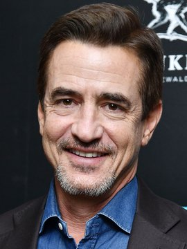 Dermot Mulroney Headshot