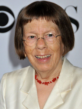 Linda Hunt Headshot