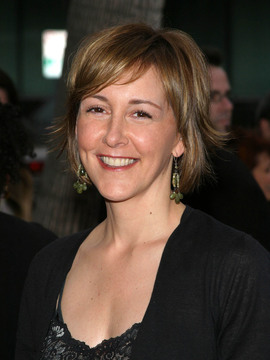 Cynthia Stevenson Headshot