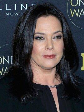 Liza Snyder Headshot