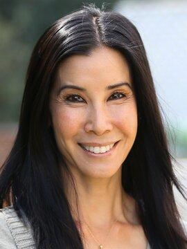 Lisa Ling Headshot