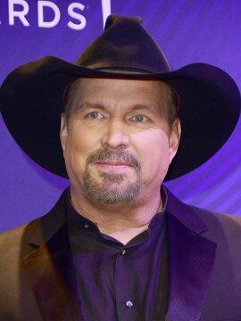 Garth Brooks Headshot