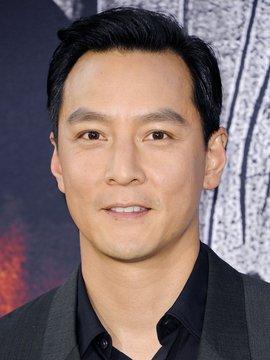 Daniel Wu Headshot