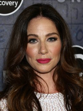 Lynn Collins Headshot