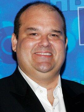 Mel Rodriguez Headshot