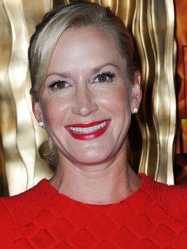Angela Kinsey Headshot