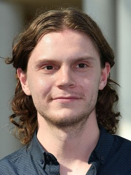 Evan Peters Headshot