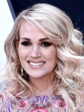 Carrie Underwood Headshot