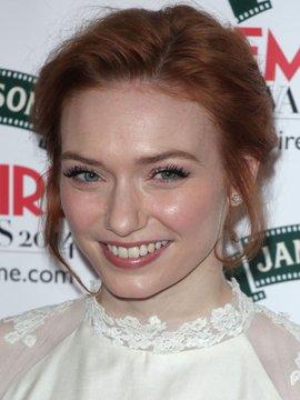 Eleanor Tomlinson Headshot