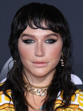 Kesha Headshot