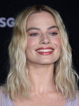 Margot Robbie Headshot