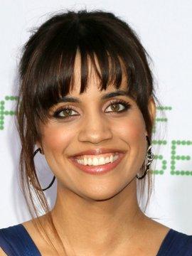 Natalie Morales Headshot