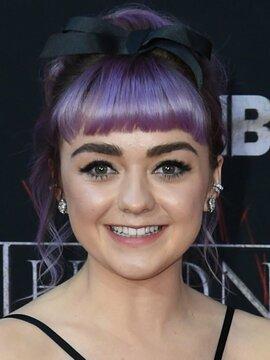 Maisie Williams Headshot