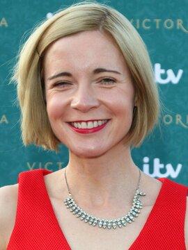 Lucy Worsley Headshot
