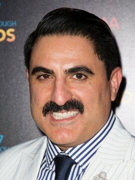 Reza Farahan Headshot