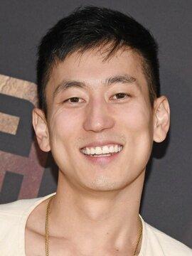 Jake Choi Headshot