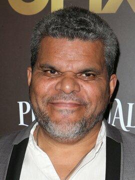 Luis Guzmán Headshot