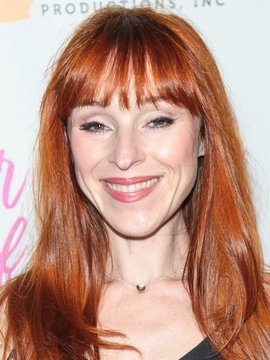 Ruth Connell Headshot