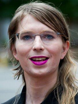 Chelsea Manning Headshot
