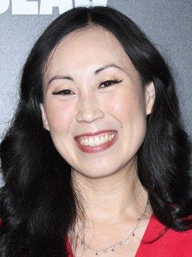 Angela Kang Headshot