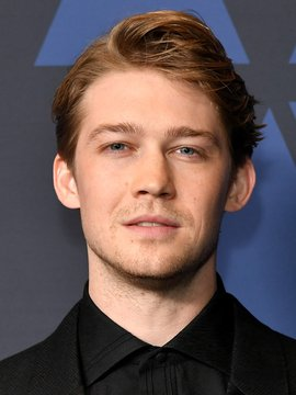 Joe Alwyn Headshot